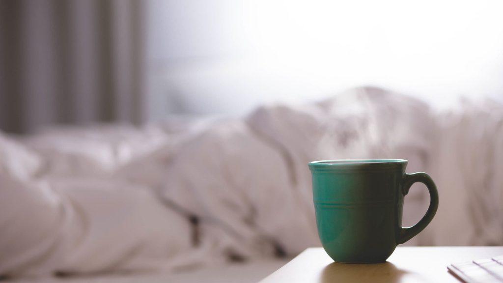 wady i zalety łóżka kontynentalnego