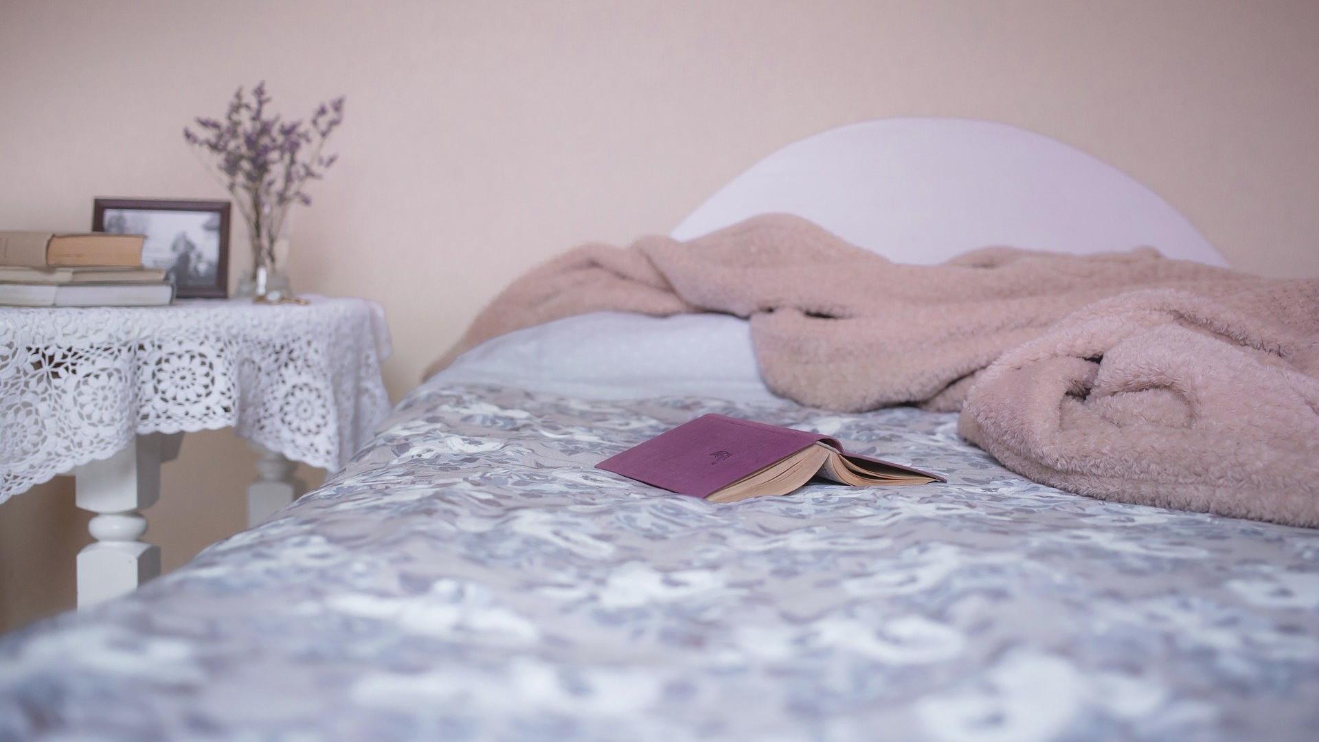 wiosenne porządki w sypialni